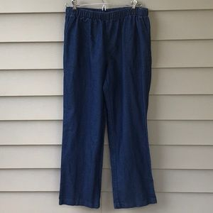 Light weight elastic waist ladies jeans. Size MP